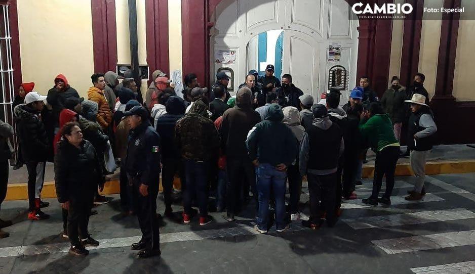 Se manifiestan en Ciudad Serdán; acusan a Policía Ministerial por abuso de autoridad