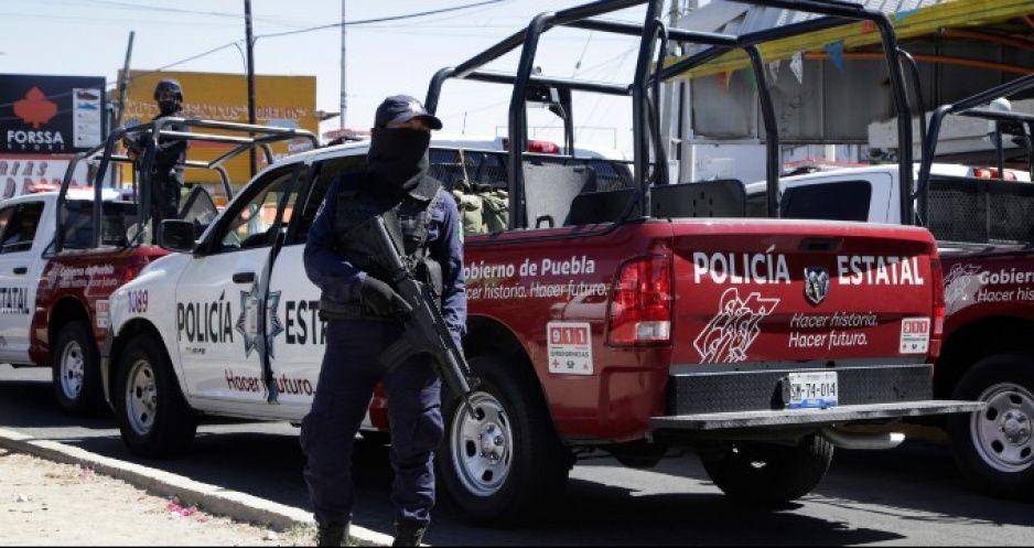 SSP investiga a poli borracho que golpeó a su novia en Totimehuacán