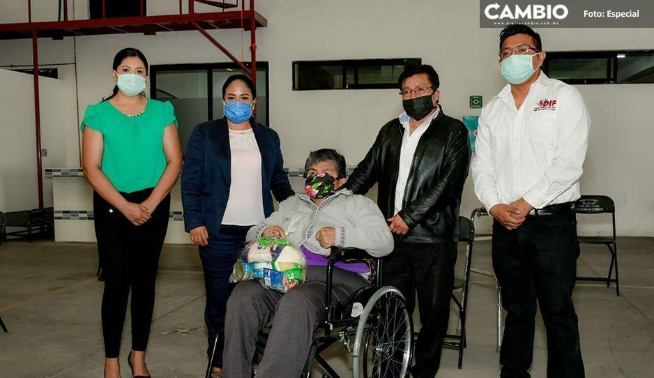 Lupita Daniel entrega 135 aparatos ortopédicos y auditivos con una inversión de 380 mil pesos