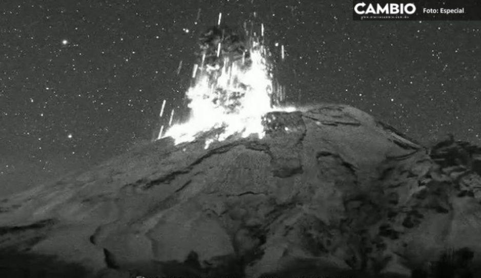 Amanece el Popo con explosión: Lanza material incandescente y ceniza  (VIDEO)