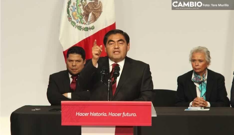 Un día como hoy, Barbosa tomó protesta y se convirtió en gobernador de Puebla