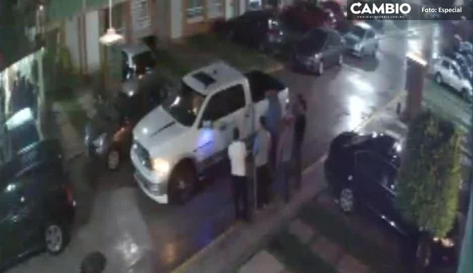 Covidiota arma fiesta en Los Héroes, agrede a vecinos y presume influencias en Policía Municipal