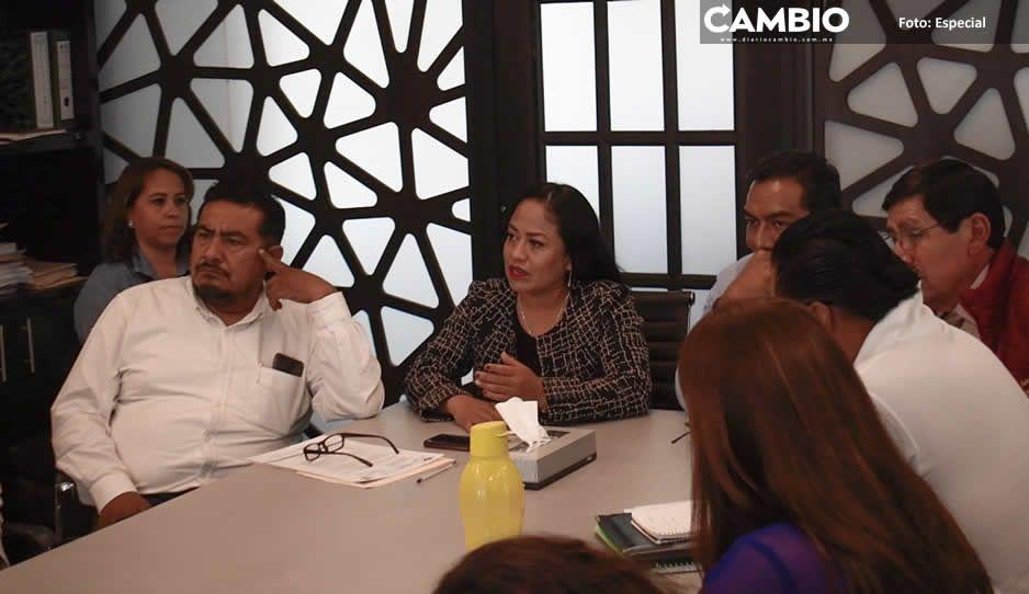 Atiende Lupita Daniel peticiones de vecinos de la junta auxiliar de Sanctorum, Coronango