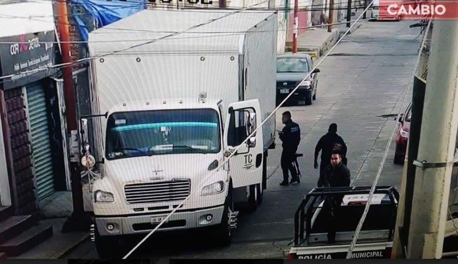 Policías de Texmelucan recuperan camión robado