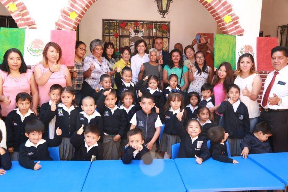 Centros de Asistencia Infantil Comunitario de Atlixco reciben mobiliario nuevo del programa Estar bien para aprender mejor