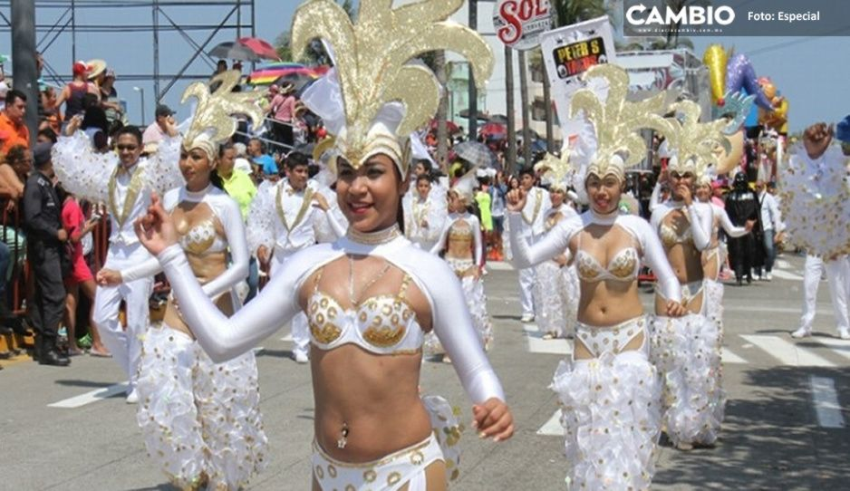 ¡Vámonos todos a Veracruz! jarochos pasan a semáforo verde
