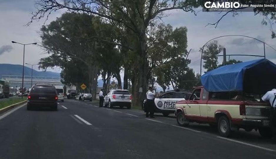 Persecución y balacera entre Guardia Nacional y delincuentes que robaron camioneta en Tecamachalco