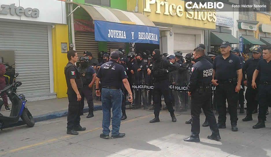 En cuarto día de operativo, desalojan a  vendedores ambulantes en Texmelucan
