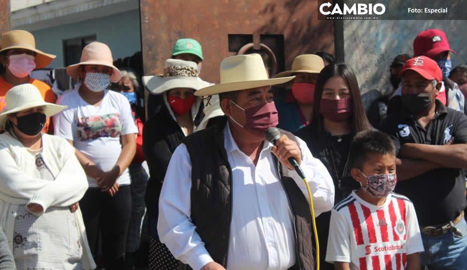 Mario de la Rosa inicia obra de alcantarillado sanitario en el Barrio Concepción Capulac