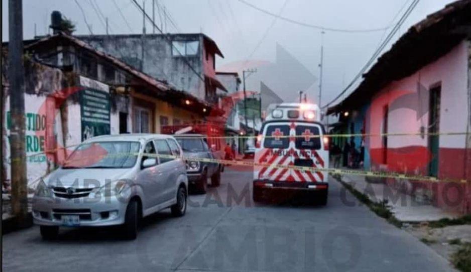 Maestra de preescolar muere en su coche en Huauchinango