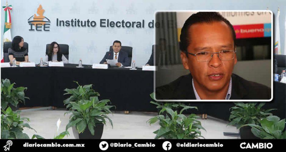 Separación del cargo para reelecciones locales es anticonstitucional: León Rueda