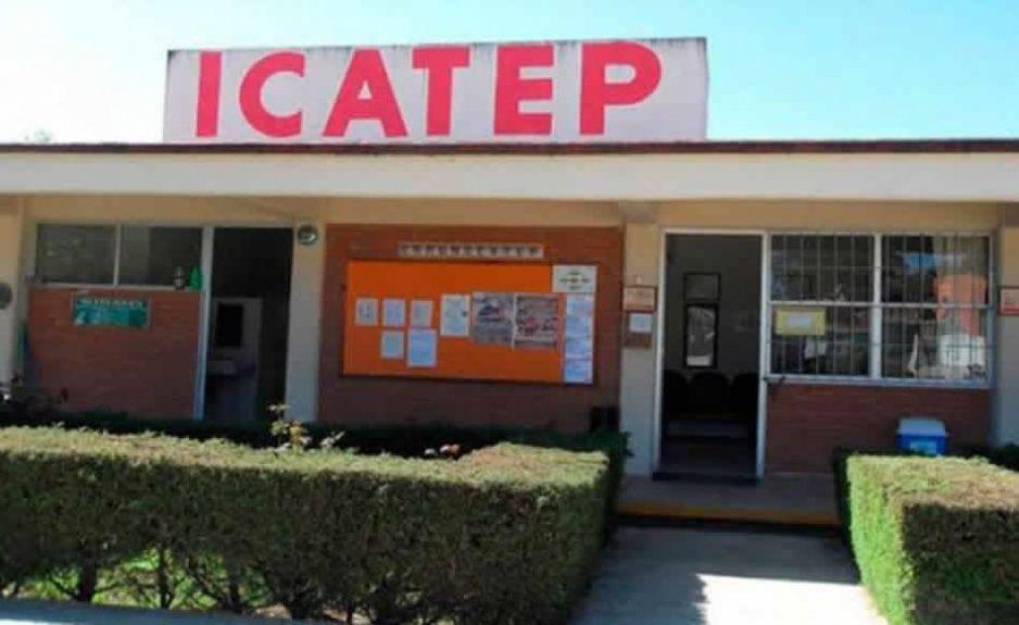 Dejan sin pago a capacitadores de Icatepec Huauchinango y Zacatlán