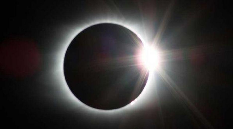 Conoce cuándo sucederá el eclipse del siglo que aparecerá en México