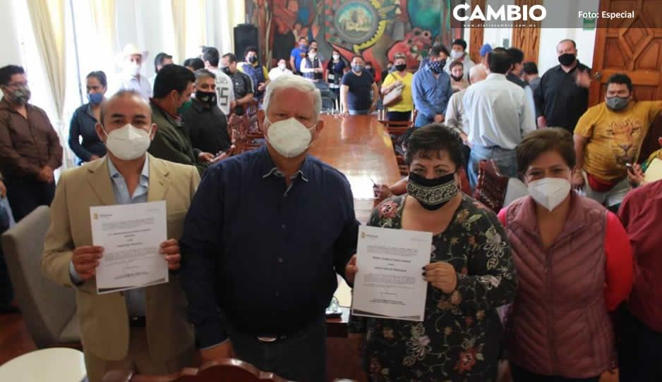Carlos Peredo nombra a directores  de Mercados y Jurídico en Teziutlán