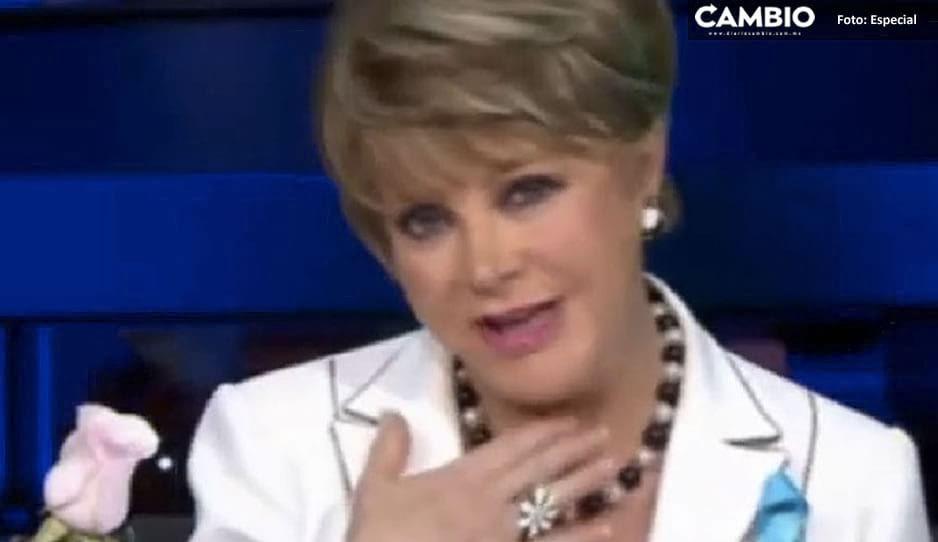 Lolita Ayala poseída; le regresa el gallo en pleno programa en vivo (VIDEO)