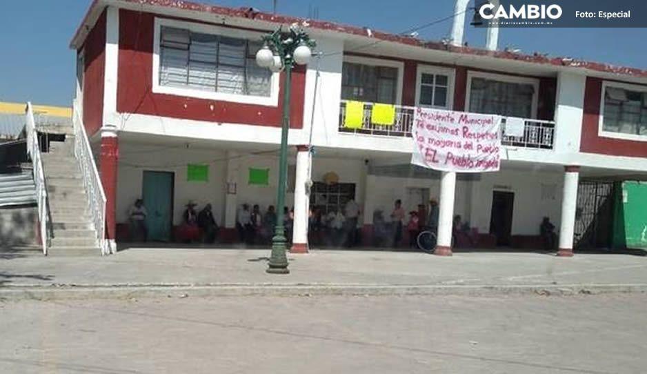Abren a martillazos presidencia auxiliar en Mocalxac