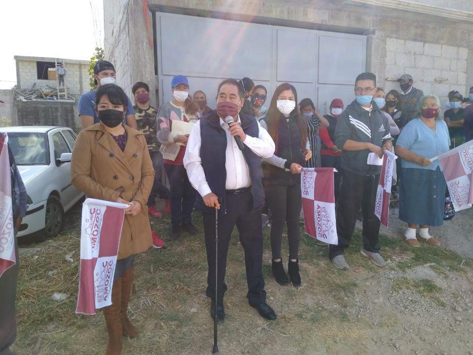 Mario de la Rosa entrega nuevo drenaje sanitario en Chachapa