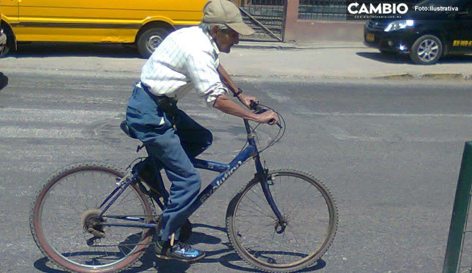 ¡Ya no hay respeto! Delincuentes desalmados le roban a abuelito su bicicleta en Tehuacán