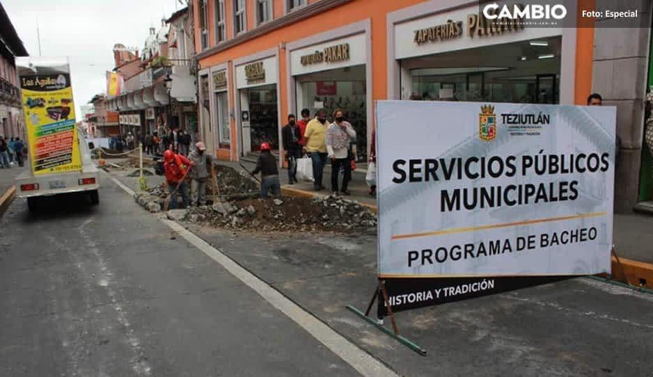 Teziutlán aplica recursos para programa de bacheo en el primer cuadro de la ciudad