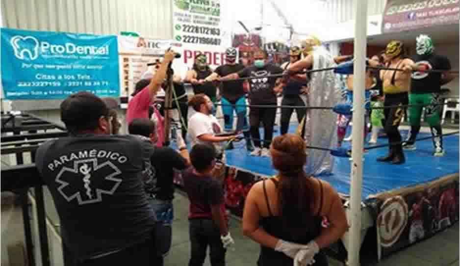 Clausuran gimnasio de San Andrés Cholula por realizar evento de lucha libre en plena contingencia