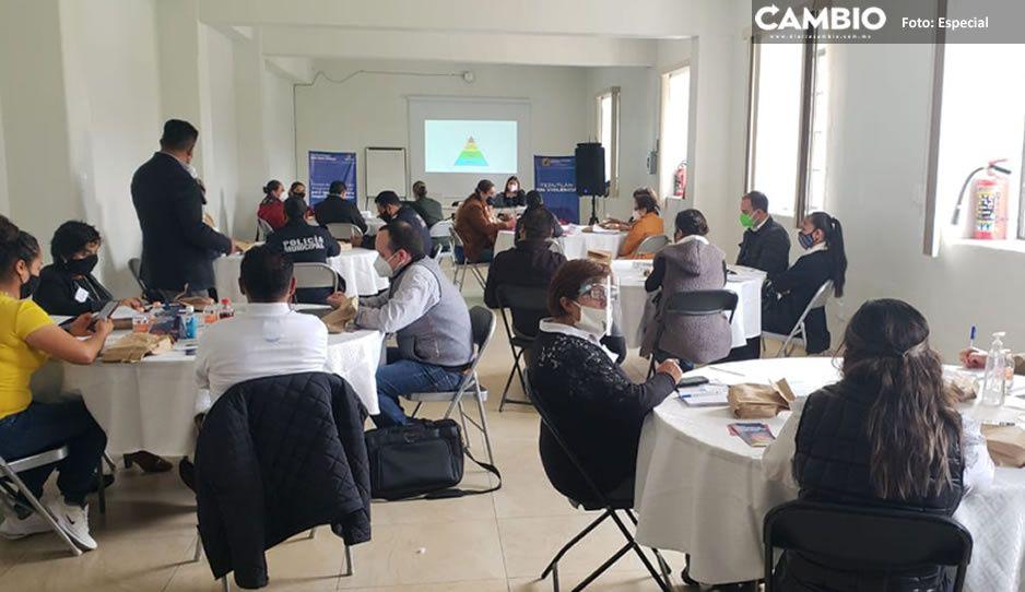 Realizan mesas de trabajo para programa de igualdad para mujeres y hombres en Teziutlán