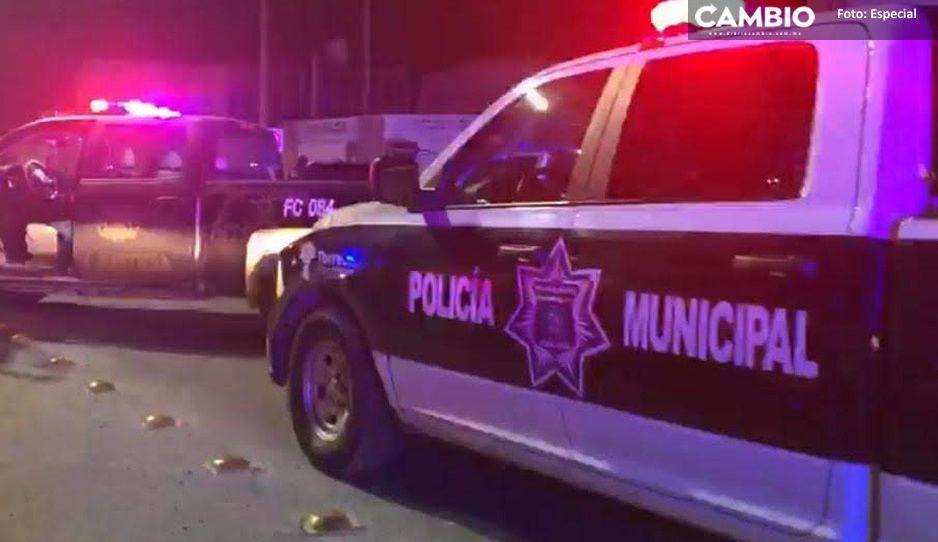 En persecución ejecutan a un hombre dentro de una camioneta en Esperanza