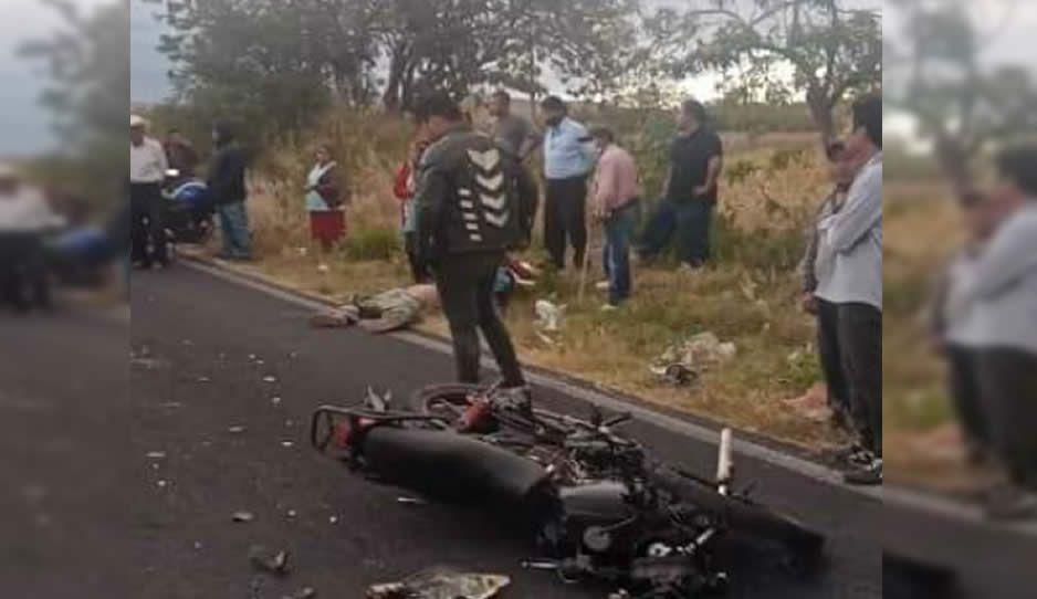 Motociclista se estrella contra camioneta y muere al instante en Atlixco (VIDEO)