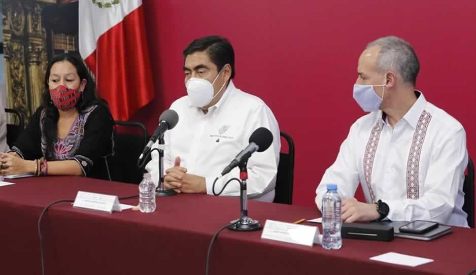 Gatell se reúne con Barbosa en Casa Aguayo para presentar plan de Salud Comunitaria