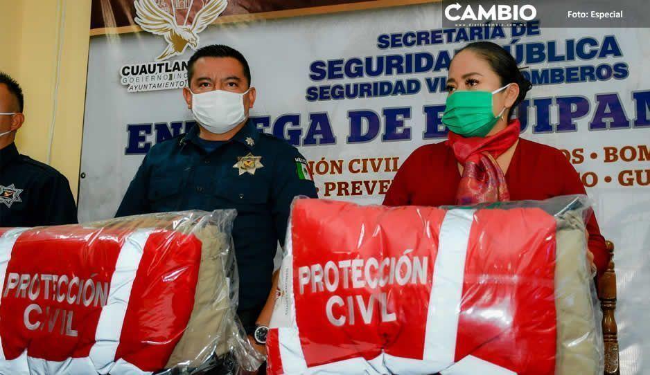 Entrega Lupita Daniel equipo al personal de la Seguridad Pública Municipal de Cuautlancingo