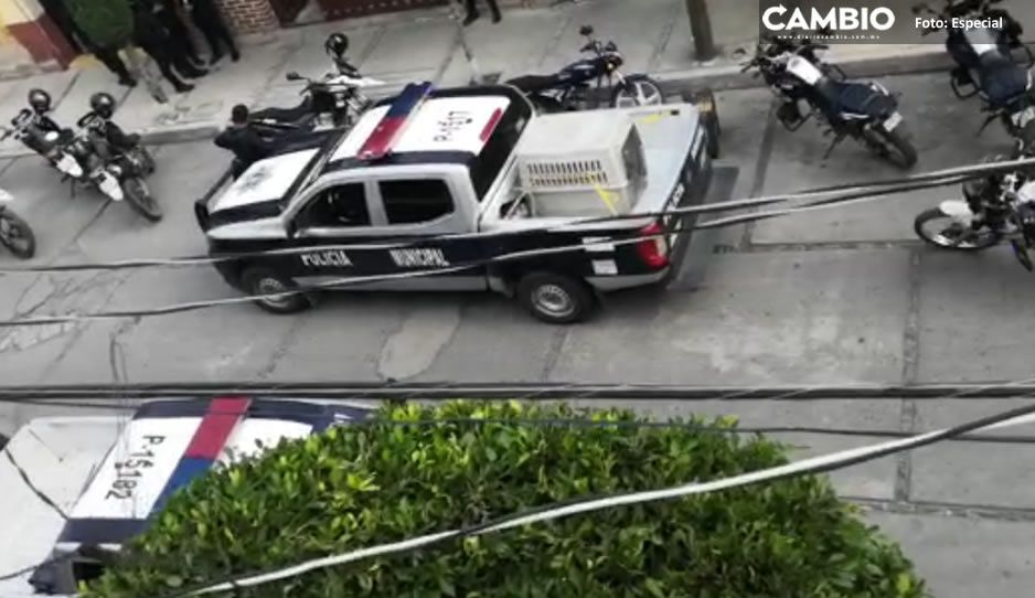 Fuerte movilización policiaca en Texmelucan tras intento de asalto a un negocio (VIDEO)