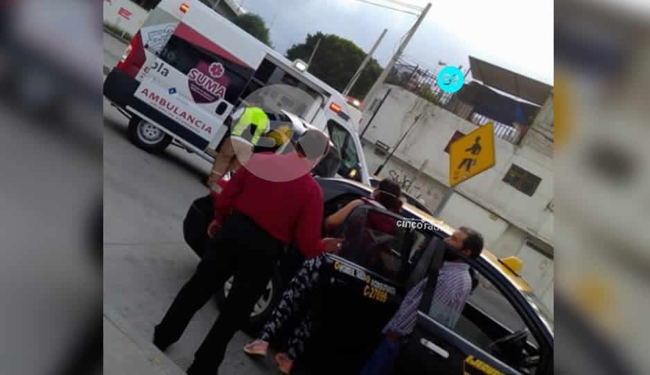 Ancianita con síntomas de coronavirus muere dentro de un taxi al llegar al hospital