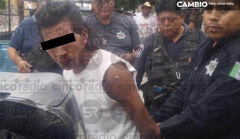 Rata se salva de linchamiento tras robar una casa en Tilapa (FOTOS)