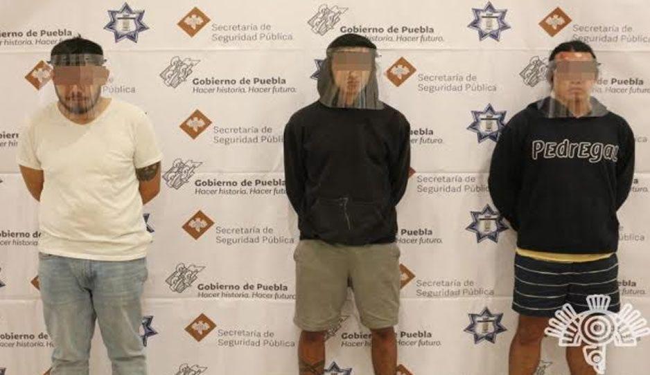 Caen a tres hombres que comercializaban droga a través de Facebook en Plaza San Diego