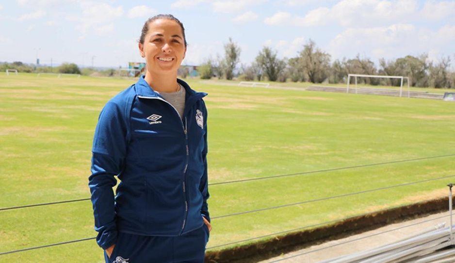 María González, nueva directora deportiva del Puebla Femenil