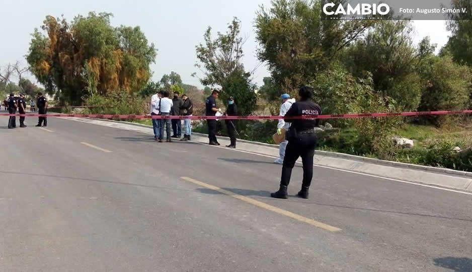 Terror en Los Reyes de Juárez: hallan encobijado  con huellas de tortura a orilla de la carretera