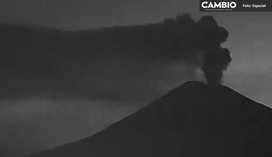 Amanece el Popocatépetl con emisión contante de gas y ceniza