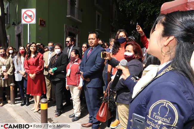 claudia rivera tercer informe mariachis