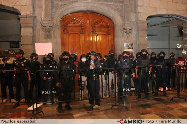 protesta sindicalizados ayuntamiento polis