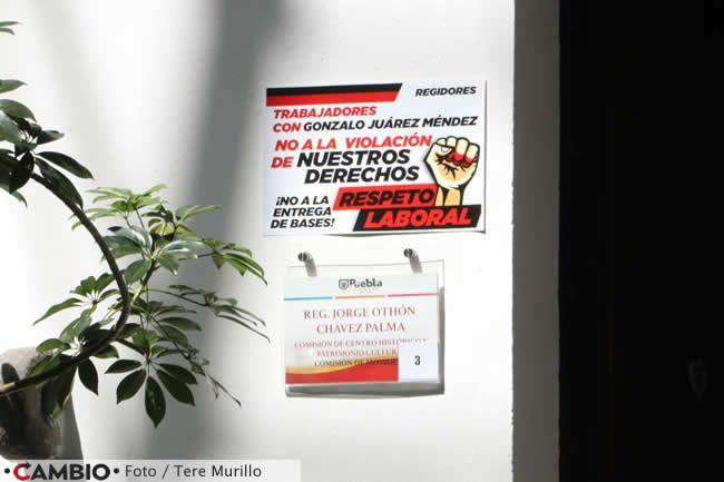 protesta sindicato ayuntamiento bases cartel mensaje