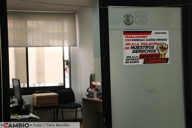 protesta sindicato ayuntamiento bases oficina