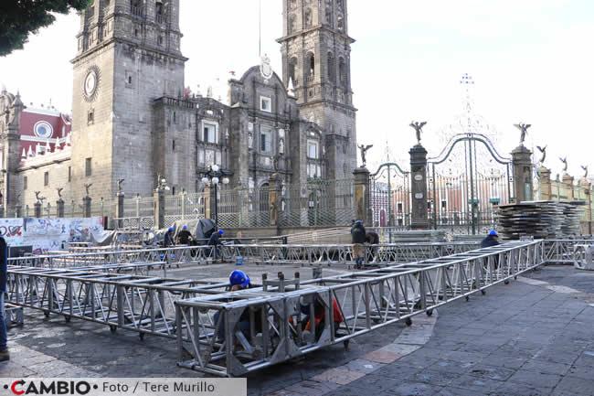 preparativos festejos 15 septiembre zocalo vista catedral