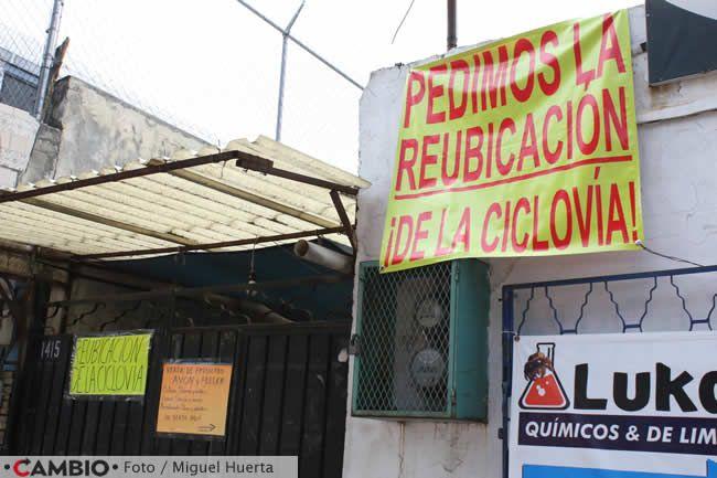 vecinos san manuel piden reubicacon ciclovia