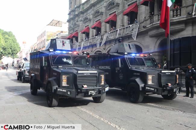 desfile zocalo policia municipal