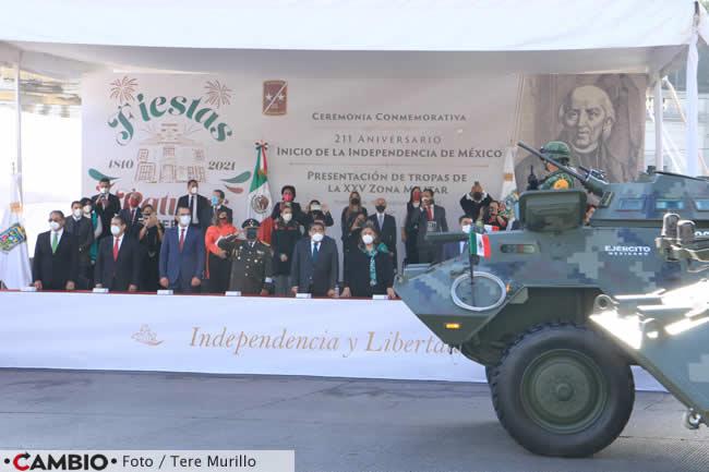 encabeza barbosa desfile inicio independencia tanque