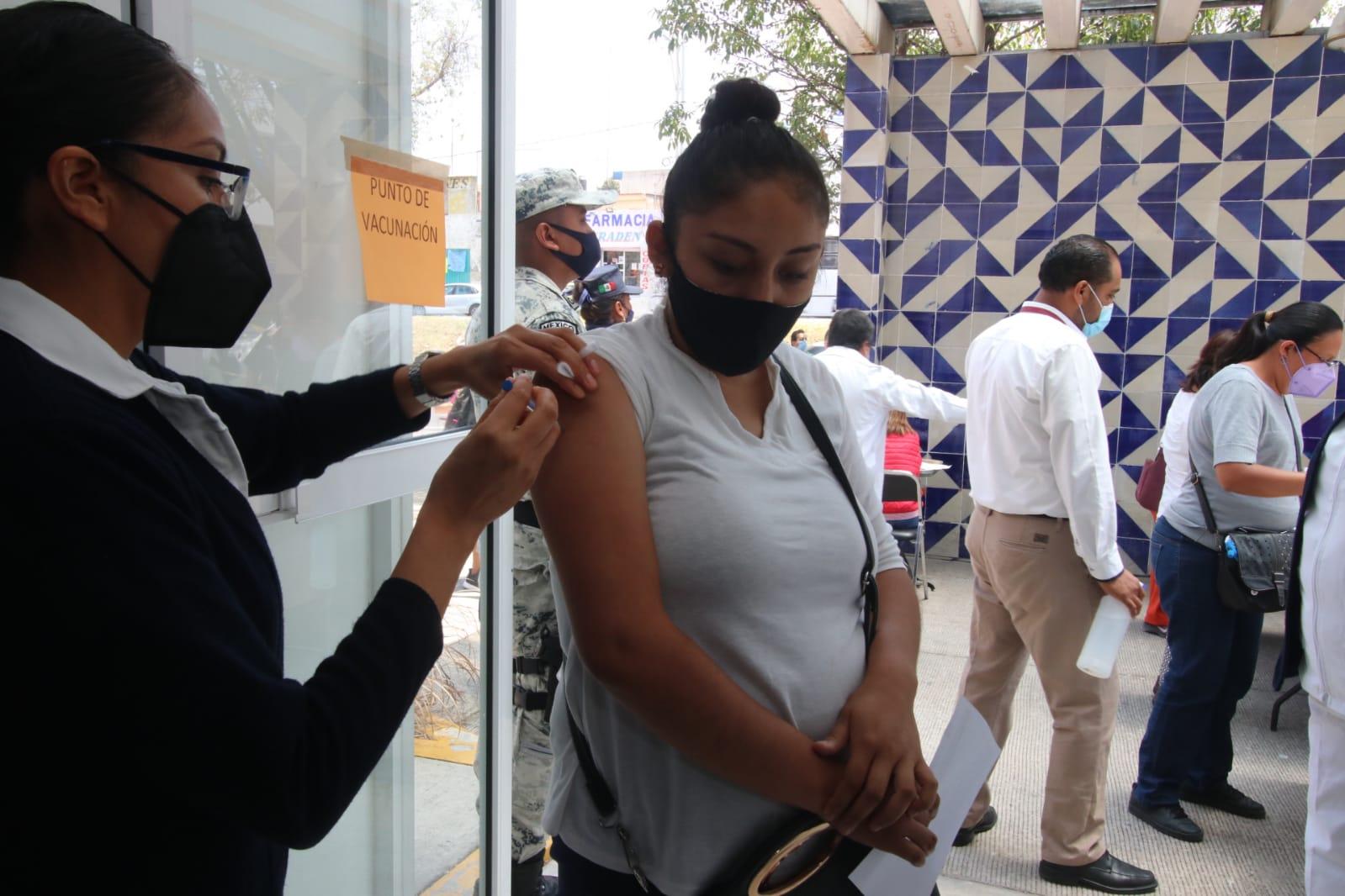 Arranca vacunación antiCovid para embarazadas en Puebla.jpg