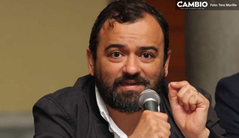 René Sánchez dobla las manos ante los empresarios: ofrece disculpas por  llamarlos doble cara