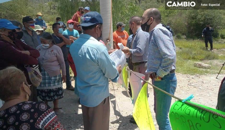 ¡Oootra vez! Pobladores de Coapan bloquean el relleno sanitario de Tehuacán