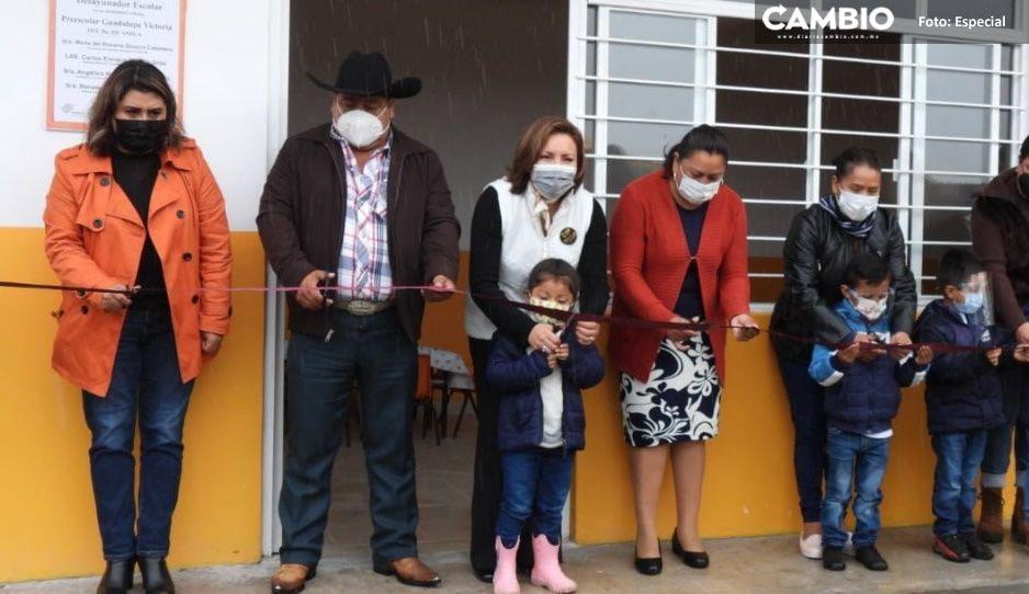 Angélica Hernández de Peredo inaugura desayunadores en 3 comunidades