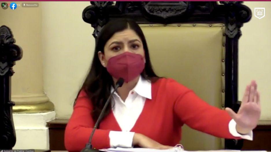 Claudia se despide siendo un desastre: aprueban bases para sus allegados pese a rebelión sindical (VIDEO)