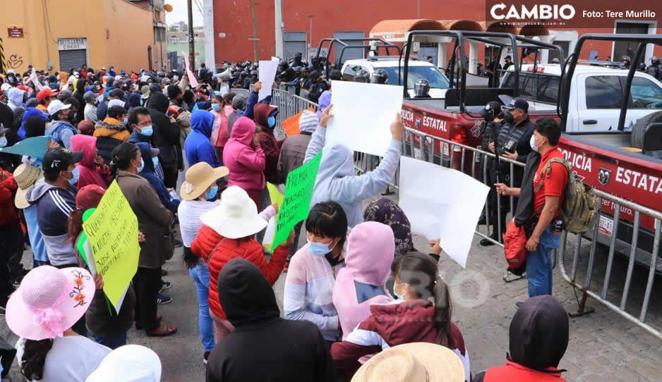 El Toñín manda resistencia a Casa Aguayo; se manifiestan pobladores de Palmarito (VIDEO y FOTOS)